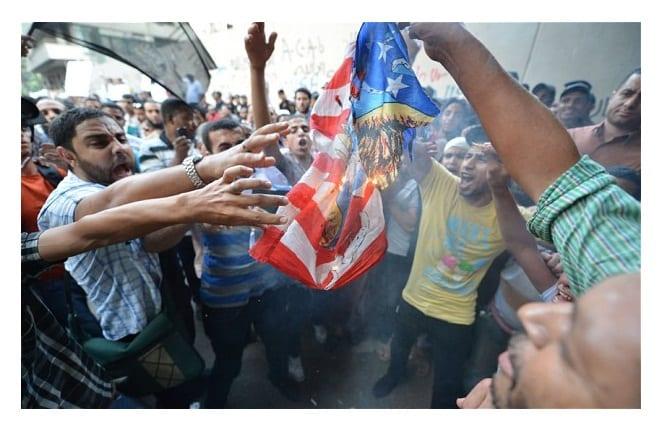 http://phoneworld.com.pk/wp-content/uploads/2012/09/cairo-protest_2338161b.jpg