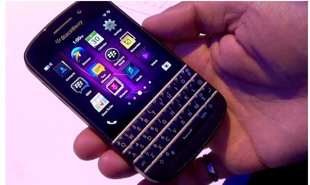 http://phoneworld.com.pk/wp-content/uploads/2013/03/BlackBerry-Q10.jpg