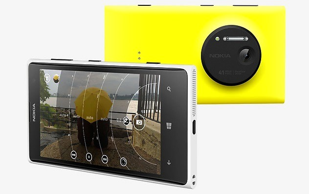 https://phoneworld.com.pk/wp-content/uploads/2013/07/Nokia-Lumia-1020-with-Nokia-Pro-Camera.jpg