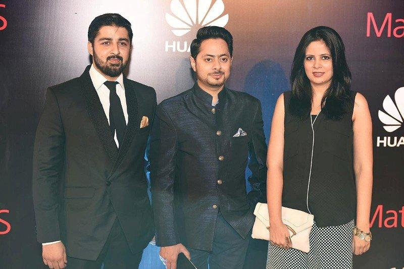 Amina Niazi, Siddy says with Mr Fraz Khan and Mr Salman Javed, Huawei