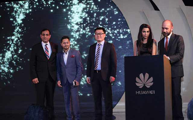 huawei-mate8-launch-3