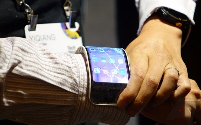 lenovo-bendable-phone